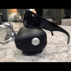 Certified authentic Chanel sunglasses
